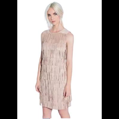Beżowa sukienka FUEGO WOMAN z frędzlami