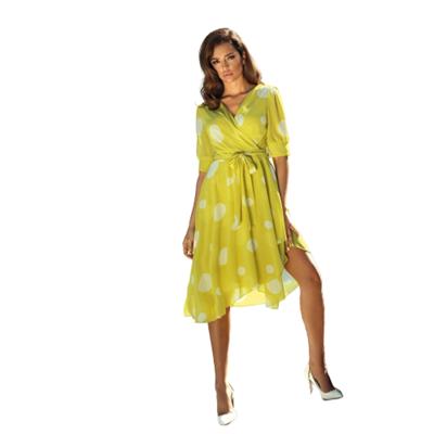 Koktajlowa zwiewna sukienka w grochy POZA